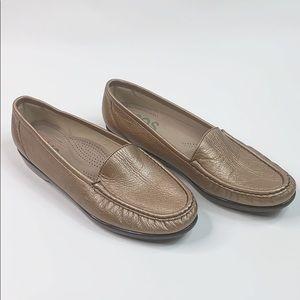 SAS rose gold slip on loafers